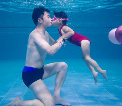 藍海星親子游泳俱樂部干凈