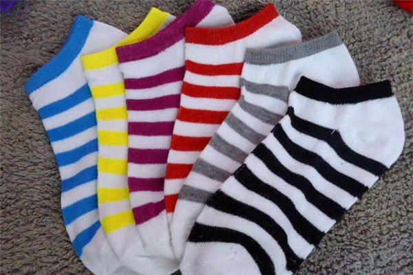 丝漫达袜业船袜