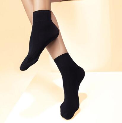 賽格獅丹襪業黑襪
