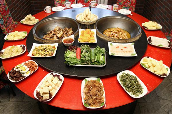 東北鐵鍋燉大鵝產品