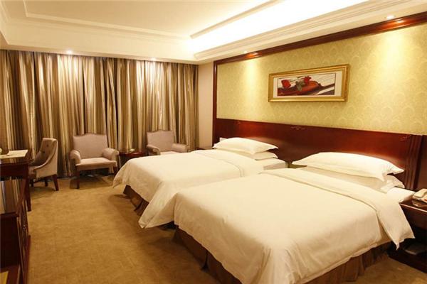 文昌本生度假酒店大床房