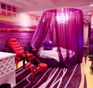 天地情情侣酒店浪漫色彩