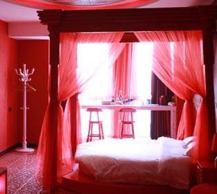 天地情情侣酒店清新风格