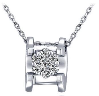 周大生钻石项链