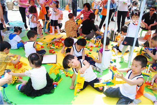 樂融幼兒教育加盟