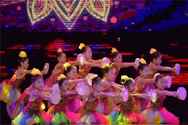 摩爾星光國際少兒舞蹈展示