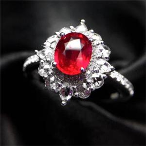 卡帝亚彩宝红宝石