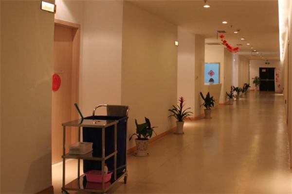 馨享月月子会所走廊