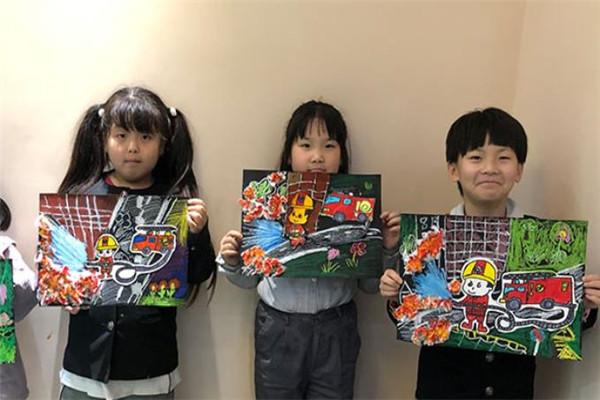 潛移墨畫少兒美術學員繪畫作品展示