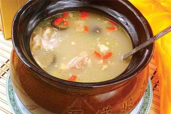 老把式瓦罐煨汤