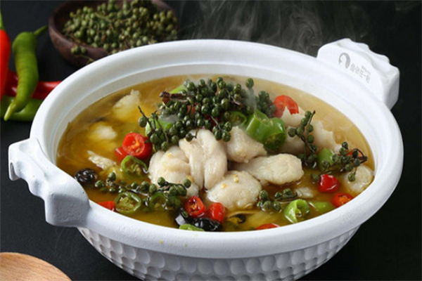 魚得水酸菜魚米飯麻辣