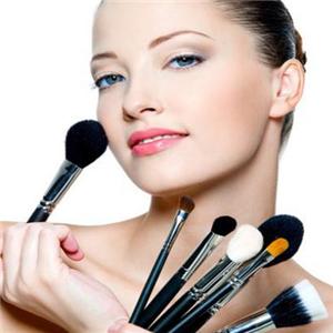 影天化妆培训加盟