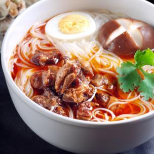 排骨饭米线