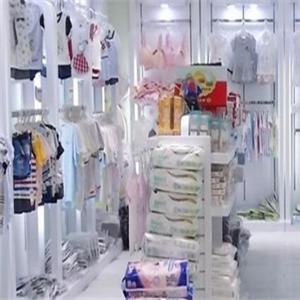 嬰之洋母嬰生活館服裝區
