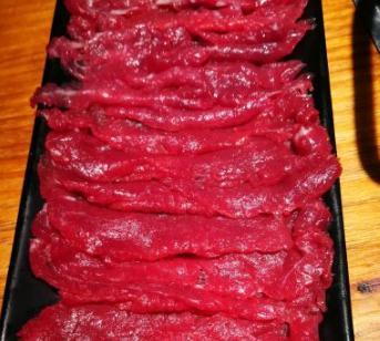 有間火鍋城牛肉