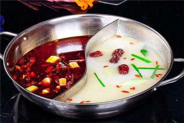 劉家佳碼頭火鍋鴛鴦鍋