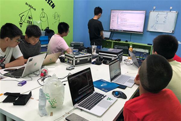 WeCode在線少兒編程課堂實訓