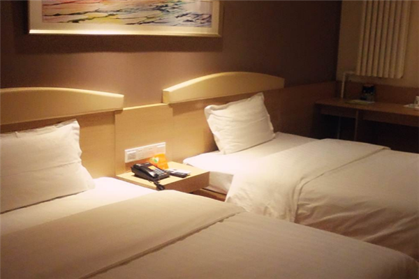 稻家酒店雙人床