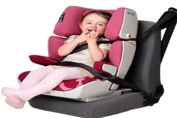 isofix安全座椅安全保護寶寶