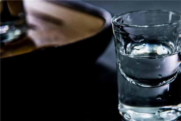 宏福酒白酒
