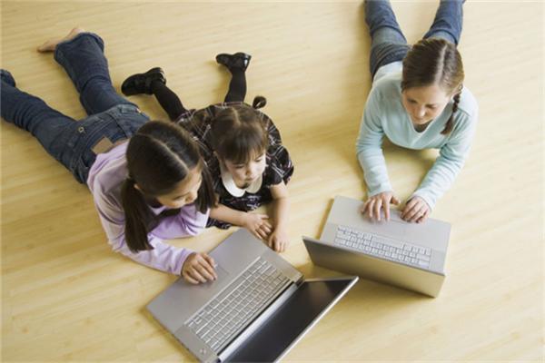 名格国际教育电脑