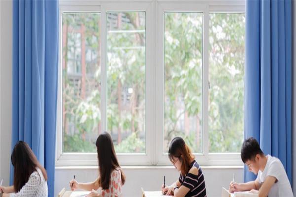 西語喬教育課堂