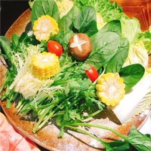 筷子街老火鍋蔬菜拼盤