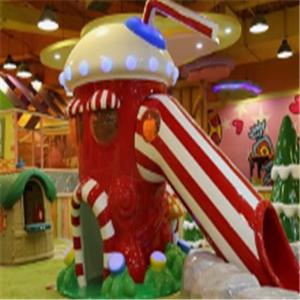 樂瘋了兒童樂園滑梯區