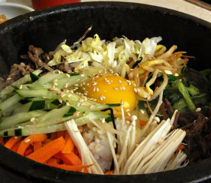 美食记石锅拌饭胡萝卜