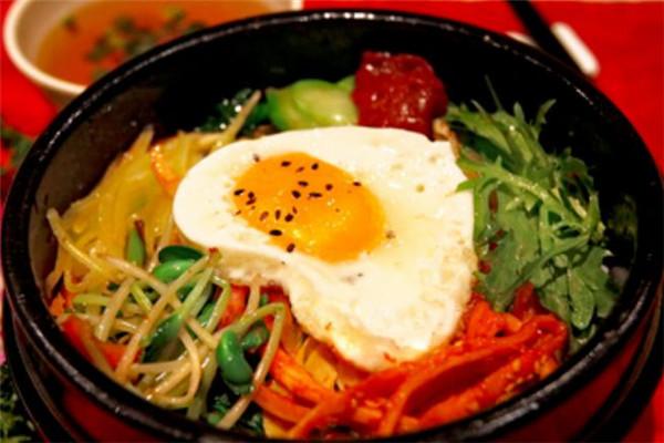 美食记石锅拌饭口味好