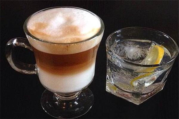 魔方小鎮咖啡館特色飲品