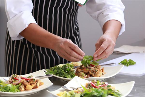 千峰教育廚師