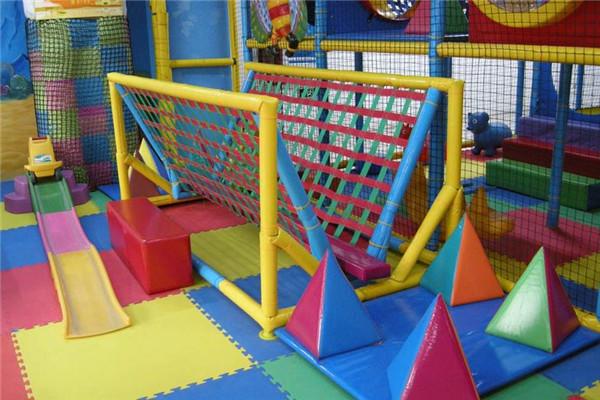 迅业儿童乐园好玩