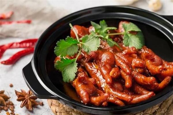 杨刀刀鸡脚饭美味