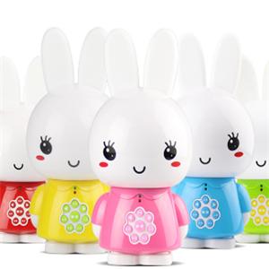 好萊木玩具兔子