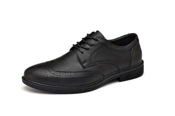 布洛克皮鞋好看