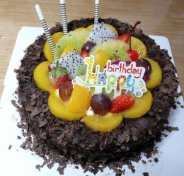 三色鴿甜品巧克力蛋糕