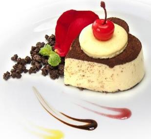 三色鴿甜品冰淇淋蛋糕