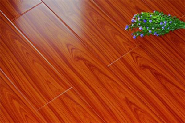李洋强化地板环保
