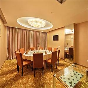 高新商務酒店餐桌