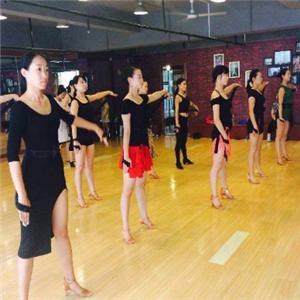 舞者之家培训上课