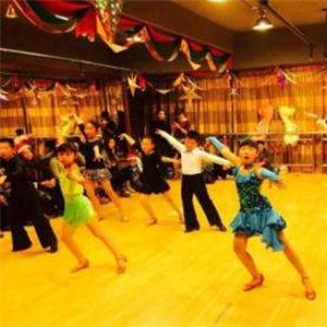 舞者之家培训舞蹈