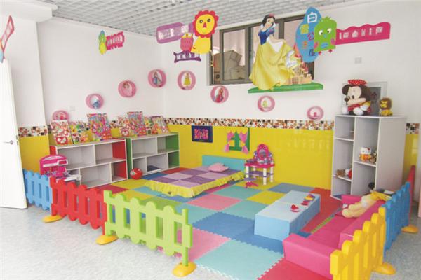 新喬愛家國際幼兒園教室