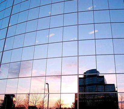 玻聯玻璃反光