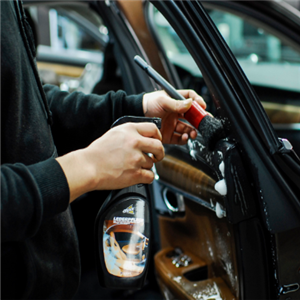 麥豐汽車美容車鎖潤滑