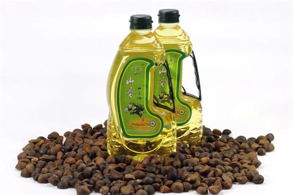 山圣山茶油展示