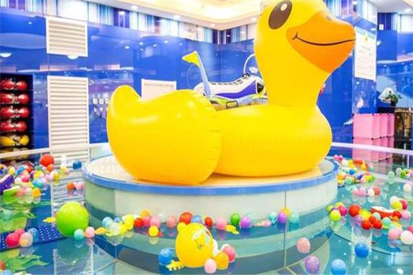 可可果婴幼儿spa泳池大