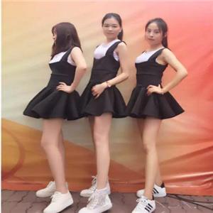 领尚舞蹈培训机构小短裙