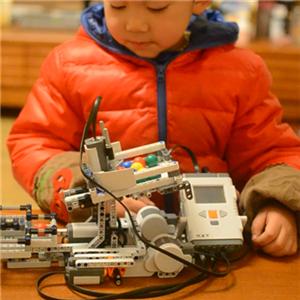 慧乐机器人教育加盟