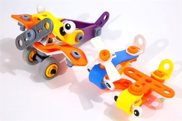 啟迪玩具飛機